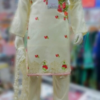 GIRLS PAKISTANI LATEST EID OUTFITS